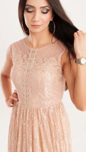 Różowa sukienka Butik Ecru z krótkim rękawem