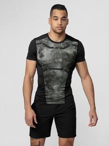Czarny t-shirt 4F z krótkim rękawem z nadrukiem