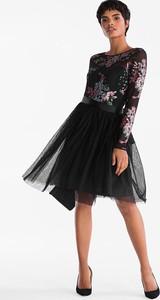 Sukienka YESSICA rozkloszowana midi z okrągłym dekoltem