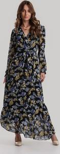 Sukienka Renee w stylu boho maxi z dekoltem w kształcie litery v
