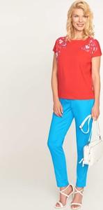 Czerwona bluzka QUIOSQUE z krótkim rękawem w stylu casual