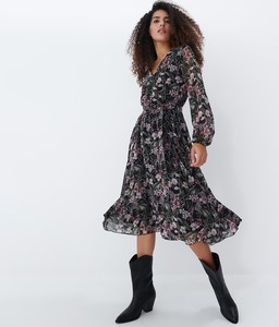 Sukienka Mohito trapezowa w stylu casual midi