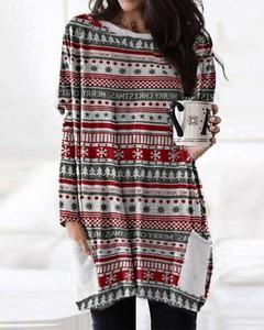 Sukienka Kendallme mini w bożonarodzeniowy wzór z długim rękawem
