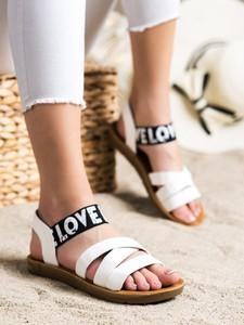 Sandały Czasnabuty z klamrami z płaską podeszwą