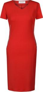 Czerwona sukienka Fokus z dekoltem w kształcie litery v z dzianiny midi