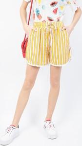 Żółte szorty Olika w stylu casual