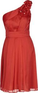 Różowa sukienka Fokus bez rękawów z szyfonu