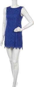 Sukienka Tokito bez rękawów mini