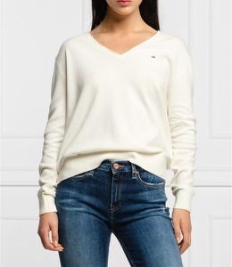 Sweter Tommy Jeans z wełny w stylu casual