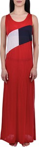 Czerwona sukienka Tommy Hilfiger z okrągłym dekoltem maxi
