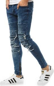 Jeansy Dstreet z jeansu w street stylu