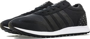Czarne buty sportowe Adidas w sportowym stylu z zamszu z płaską podeszwą