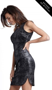 Czarna sukienka Ivon w stylu casual z tkaniny mini