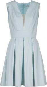 Sukienka VISSAVI midi bez rękawów z dekoltem w kształcie litery v