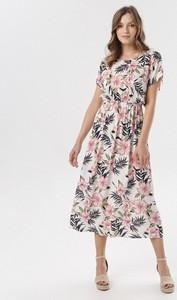 Sukienka born2be maxi z krótkim rękawem rozkloszowana