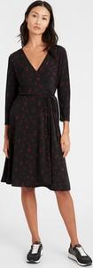 Czarna sukienka Banana Republic z długim rękawem midi