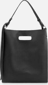 Czarna torebka Reserved na ramię duża