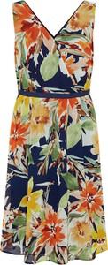 Sukienka Esprit kopertowa z szyfonu bez rękawów