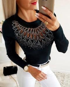 Czarna bluzka Kendallme w stylu casual z długim rękawem