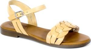 Sandały Spk Shoes ze skóry z klamrami