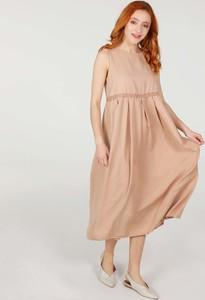 Sukienka Unisono z tkaniny z dekoltem w łódkę