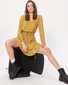 Żółta sukienka House mini rozkloszowana w stylu casual