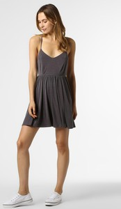 Sukienka Review rozkloszowana w stylu casual z dekoltem w kształcie litery v