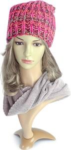 Różowa czapka AMALTEA