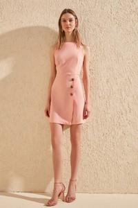 Różowa sukienka Trendyol bez rękawów z okrągłym dekoltem mini