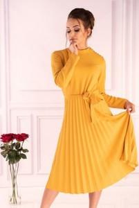 Żółta sukienka MERRIBEL z długim rękawem