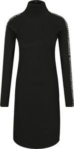 Sukienka Calvin Klein z długim rękawem mini w stylu casual