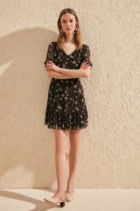 Czarna sukienka Trendyol mini z krótkim rękawem w stylu casual