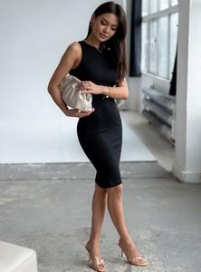 Czarna sukienka SELFIEROOM z okrągłym dekoltem z bawełny mini