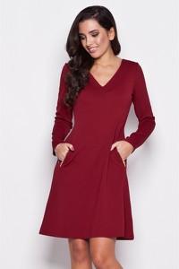 Czerwona sukienka Katrus z długim rękawem prosta z dekoltem w kształcie litery v
