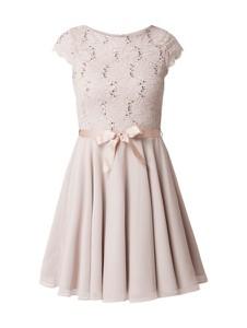 Różowa sukienka Swing z krótkim rękawem z szyfonu w stylu glamour