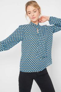 Bluzka ORSAY ze sznurowanym dekoltem