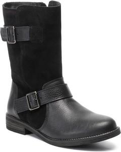 Czarne botki Clarks na obcasie w stylu casual