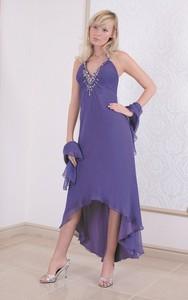 Fioletowa sukienka Fokus asymetryczna z jedwabiu