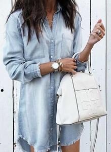 Niebieska sukienka Cikelly z długim rękawem z jeansu koszulowa