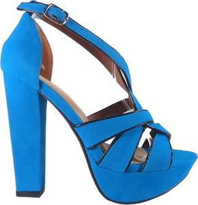 Niebieskie sandały Kokietki z klamrami
