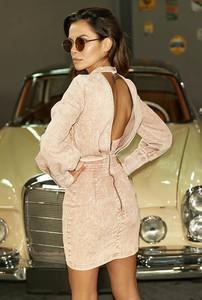 Różowa sukienka LOU z długim rękawem mini