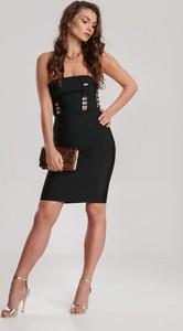 Sukienka Renee dopasowana mini na ramiączkach