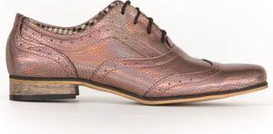 Półbuty Zapato w stylu klasycznym