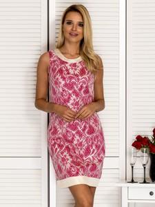 Różowa sukienka Sheandher.pl mini z okrągłym dekoltem dopasowana