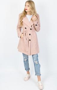 Różowy płaszcz Olika w stylu casual