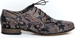 Półbuty Zapato ze skóry w stylu vintage