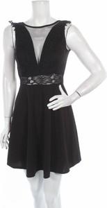 Czarna sukienka Uniq rozkloszowana mini