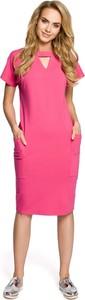 Różowa sukienka MOE w stylu casual midi