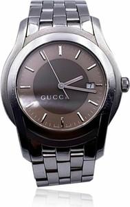 Gucci Używany zegarek na rękę ze stali nierdzewnej Mod 5500 XL z dwukolorową tarczą