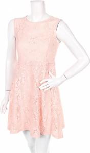 Różowa sukienka Dorothy Perkins bez rękawów z okrągłym dekoltem